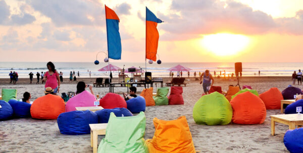 Indonesia Travel Tips - Blue 9 Beach Bar (B9B) is Suitable For Night Parties And Have International Dishes