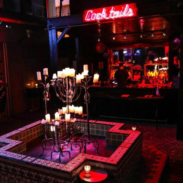 LA Bars - Boardner's by La Belle Has Rock Music Style And Gothic Interior Design