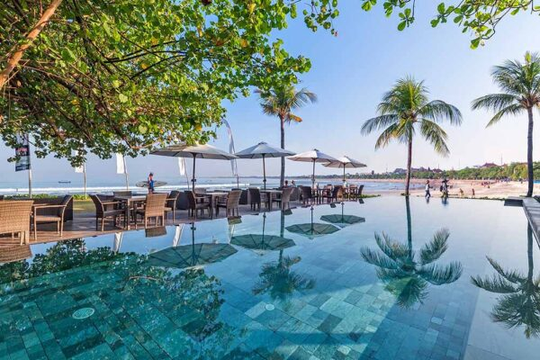 Best Beach Clubs in Bali - Boardwalk Restaurant Bali Is A Good Place For A Nice And Calmer Evening