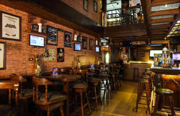 India Travel Tips - Café Mojo is Where to Grab Beer As Well As Some Coctails