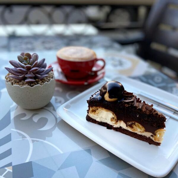 Europe Coffee Guide - Coffeetopia is Turkish Café Branch And Has A Middle-Eastern Vibe