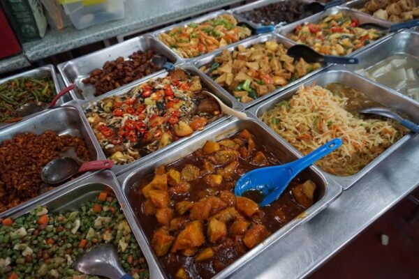 Cheap Food in kl - Dharma Realm Guan Yin Sagely Monastery Canteen Provides Mostly Vegetarian Dishes