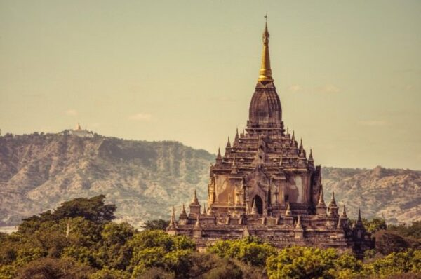 10 Temples You Should Put in Your Travel List - Gawdawpalin Temple is For Buddhist Meditation