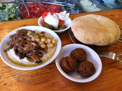 Israel Food Guide - Ben-Sira Hummus Sells The Best falafel Food in Jerusalem