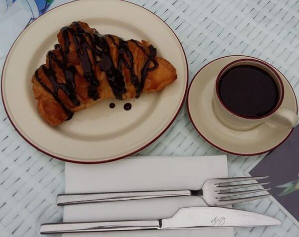 Best Cafes in Batumi - La Brioche is Located in Piazza Square And Most Visited Place in Town