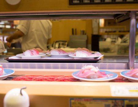 10 Cheap Places to Eat in Tokyo - Mawashi-zushi is A Conveyor-belt Sushi Shop