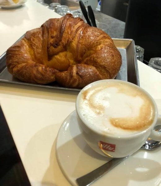 Top 10 Best Places to Get Your Coffee in Rome - Pasticceria Andreotti Offers Gelato and Andreotti