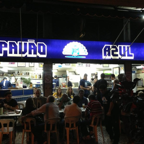Bars Rio de Jneiro - Pavão Azul Bar is Located in Copacabana Area is Famous For Cold Beer And Codfish Bolinhos