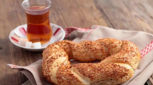 5 Tasty Food to Eat in Turkey - Simit is A Major Bread For Breakfast in Turkish Cuisine