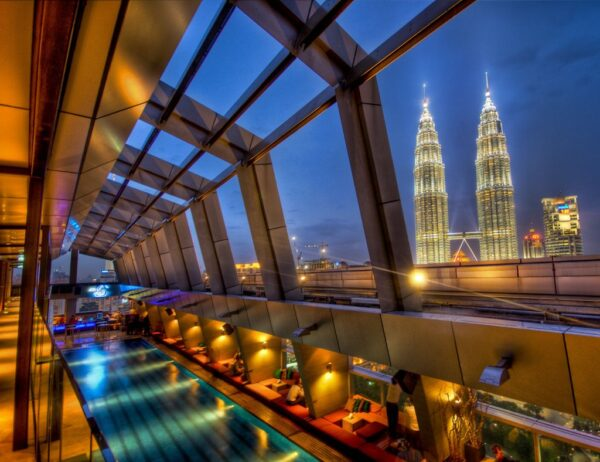 Bars KL - Sky bar kl is A rooftop bar KL For Those Who Wants to See Kuala Lumpur City From Top