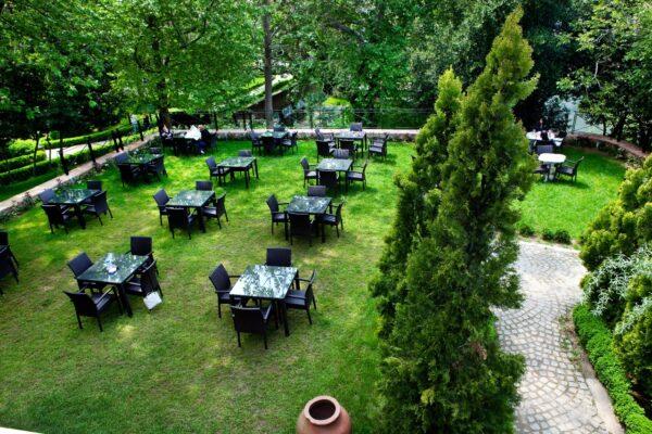 Bursa Cafe - Fayton Kafe is Located Inside The Tofaş Museum of Cars in A Beautiful Garden
