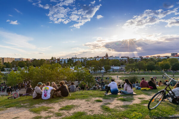 Sightseeing in Berlin - Mauerpark Offers Many Food Stalls And Live Music