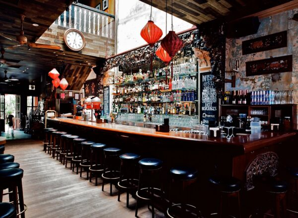 Best Budget Bars in Singapore - No. 5 Emerald Hill is Located at Midpoint Orchard