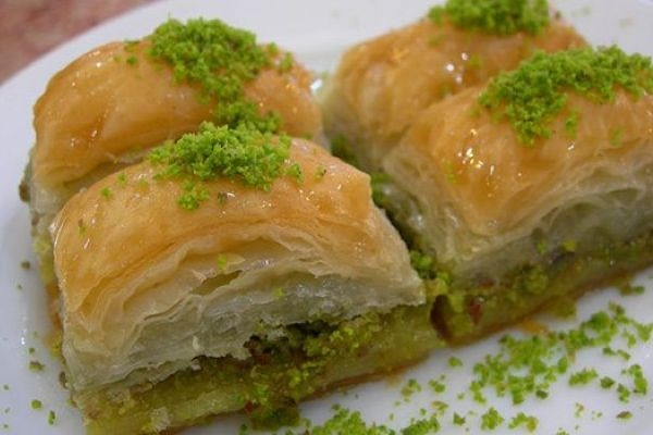 Best Places to Eat Desserts in Istanbul