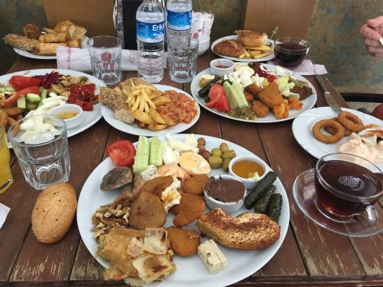 Turkey Food Guide - Petrol Café Serves Fantastic Kahvalti or Breakfast With Içli Köfte