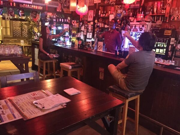 Singapore Nightlife - The Public House Has A Laid Back Feel And is Located At Circular Road
