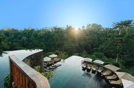 10 Most Stunning Pools Around the World - Ubud Hanging Gardens Has Infinity Pool