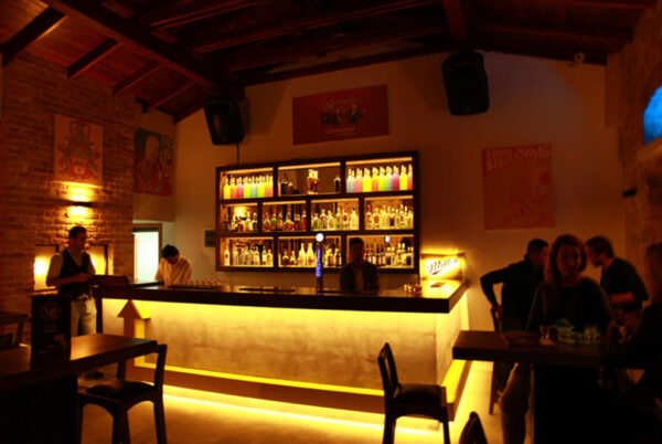 Antalya Nightlife - Up Shot Bar is Around Selçuk Near İzmirli Ali Efendi Sk Area