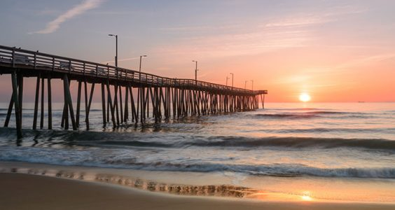 United States Travel Tips - Virginia Beach (Virginia) Attracts Many Surfers