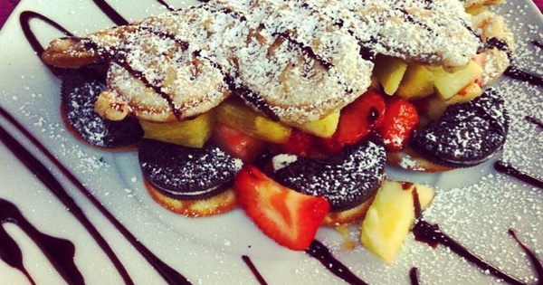 Best Shops to Get Dessert in Berlin - Wonder Waffel is Perfect For Small Lunch As Well