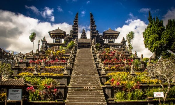 Best Attractions in Bali - Besakih Temple is The Biggest Temple in This Place