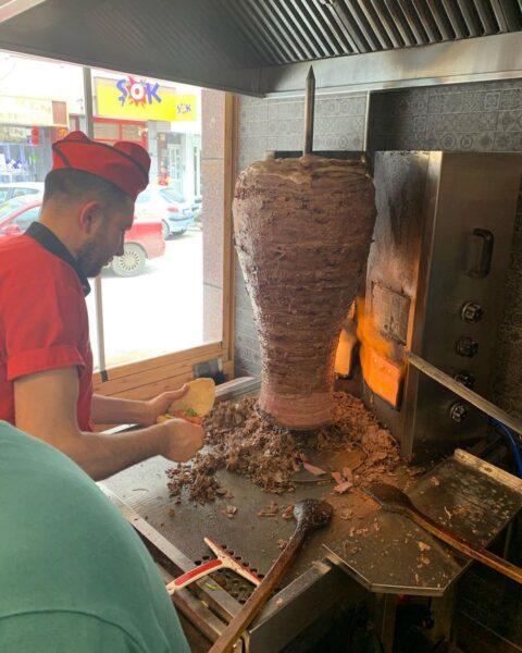 Turkey Food Guide - Dönerci Cengiz is At Camikebir in Atatürk Cd Selling Nice Doner