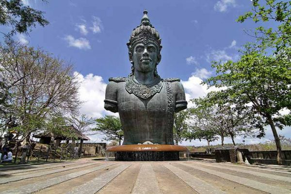Indonesia Travel Tips - Garuda Wisnu Kencana is Near A Huge Statue And A Festival Park
