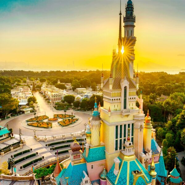 Hong Kong Tourist Spots - Hong Kong Disneyland Offers Adventure Land And Fantasy Land