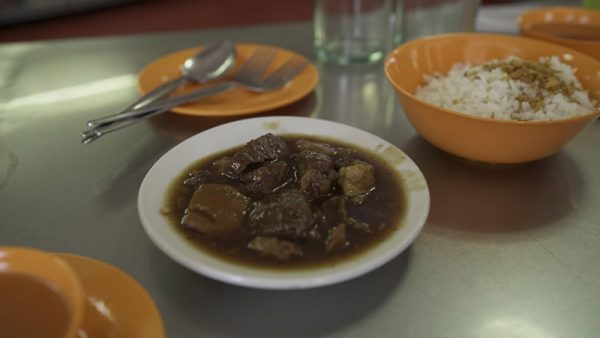 Manila Food Guide - Original Pares Mami House Has Best Filipino Comfort Food