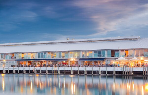 Top 5 Bars in Hobart - Tavern 42 Degrees South (T42º) Has A Fantastic View of The Port