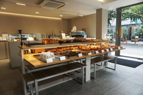 South Korea Travel Tip - Fave Bakery Yeonnam is Located in Hongdae Neighborhood