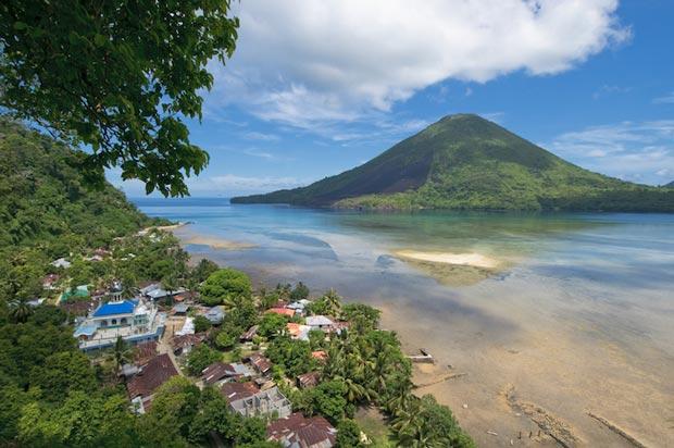 The most beautiful beaches of Indonesia, Banda island-banda_islands