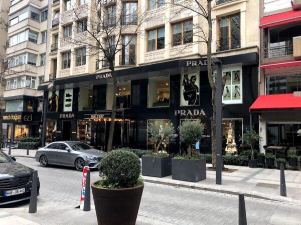 Turkey Travel Tips - Nişantaşı is A Business District in The Taksim Area With Beautiful Shops