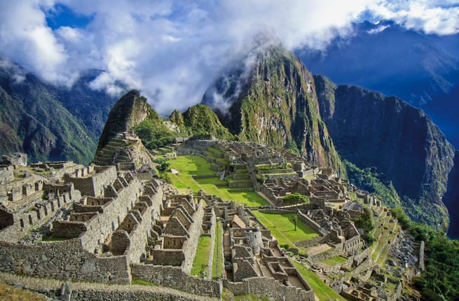 Top Monuments in The World - Machu Picchu Was built in 1400 as The Inca Empire's Pachacuti Property