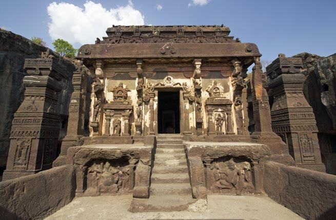 Landmarks of The World - Ellora Caves Offered Peaceful Coexistence of Buddhism, Hinduism, Jainism in Ancient India