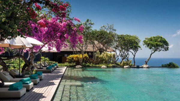 Top Bali Resorts For Tourists - Bulgari Resort Bali is Located on Top of The Rocky Hills