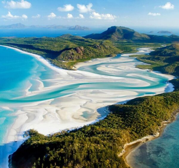 Sightseeing Places to See Before You Die - Whitehaven Beach, Australia is Famous For its White Sands