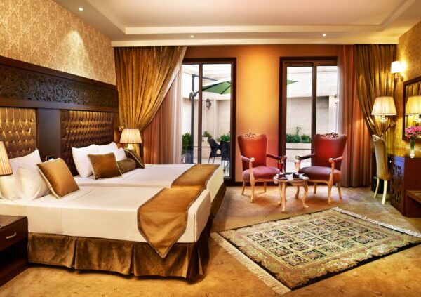 Iran Travel Tips - Almas Novin Hotel is Very Stylish And Modern in its Design
