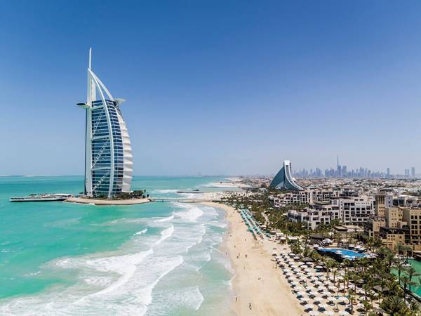 UAE Travel Tips - Places to Visit in UAE is A Lot With its Many Attractions Here