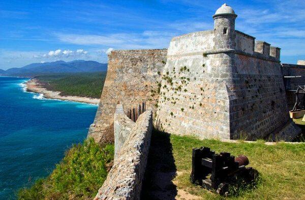 Cuba Attractions - Castillo de San Pedro del Morro is A UNESCO World Heritage Site And A Spanish Castle