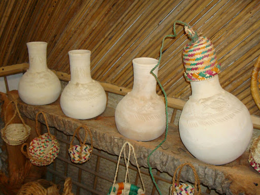 Souvenirs in The Middle East - Pottery in Kish Island is Also is called Jahle