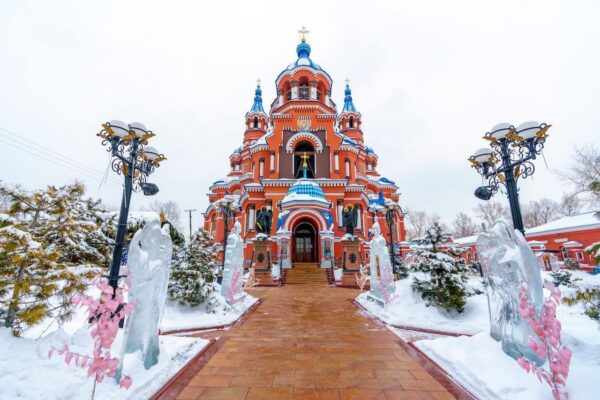 A Guide to Russia Tourist Places - Irkutsk is The Capital of Eastern Siberia And Popular in Winter Time