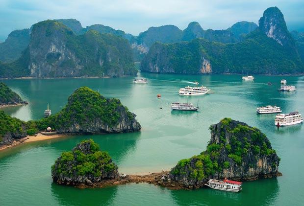 ha long bay - Attractions in Northern Vietnam