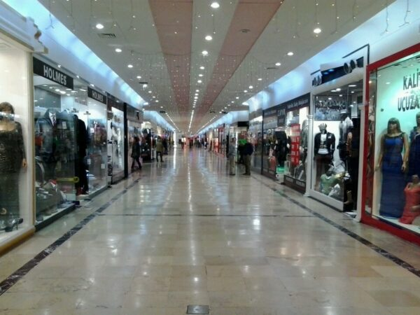 Istanbul Cheap Shopping - Bakirkoy Underground Shopping Center Offers Even Find High Quality Goods