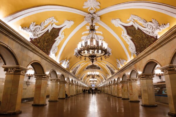 Best Attractions in Moscow - Moscow Metro is The Subway Station With Beautiful Murals