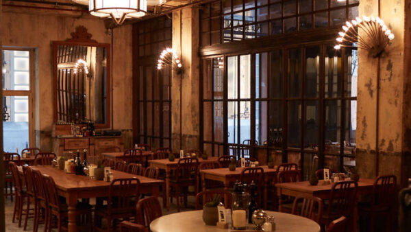 Best Restaurants in Taksim Square - The House Cafe is Located in The Historic Mısır Apartment