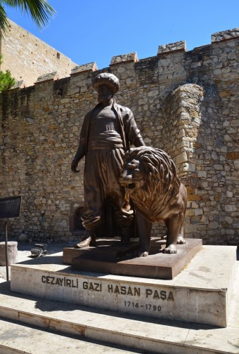 Çeşme Town in Turkey - The historical monuments of Çeşme The Best is ION