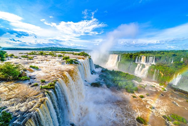Iguazu Falls - best sight in southern Brazil