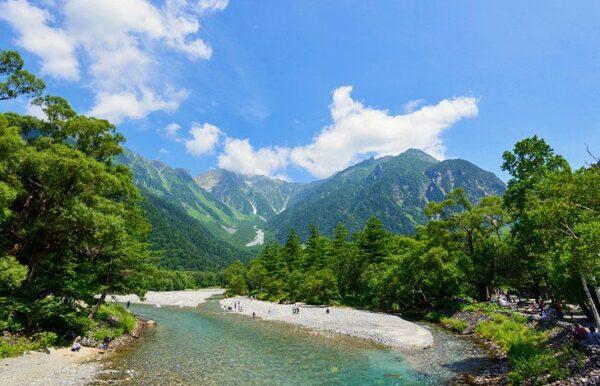 Japan Travel Tips - Chūbu-Sangaku Beautiful National Park