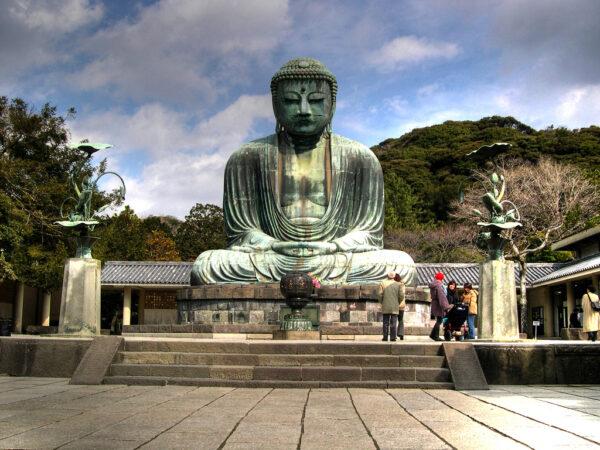 Great Buddha of Kamakura is A Great Representation of The Amitabha Buddha - Asia Travel Tips